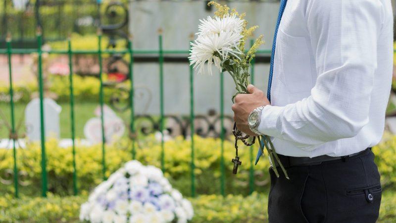 Pourquoi faire appel à une agence de pompes funèbres ?